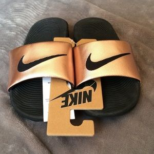 NWT Nike Kawa Women's Slide Sandals